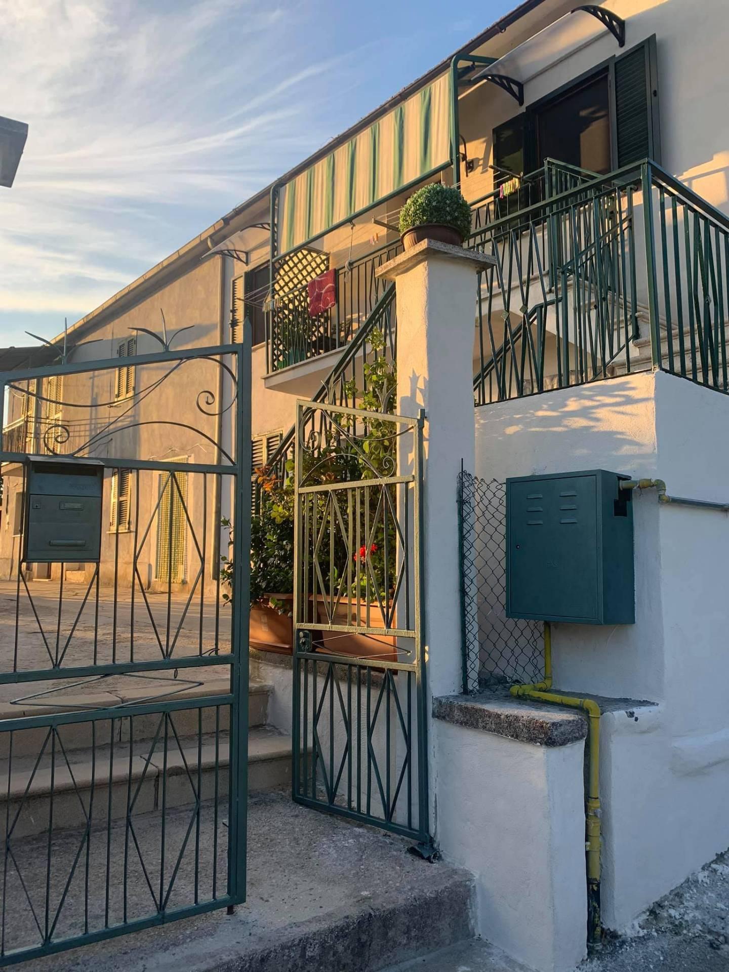 Appartamento in vendita a Alatri, 3 locali, prezzo € 52.000   CambioCasa.it
