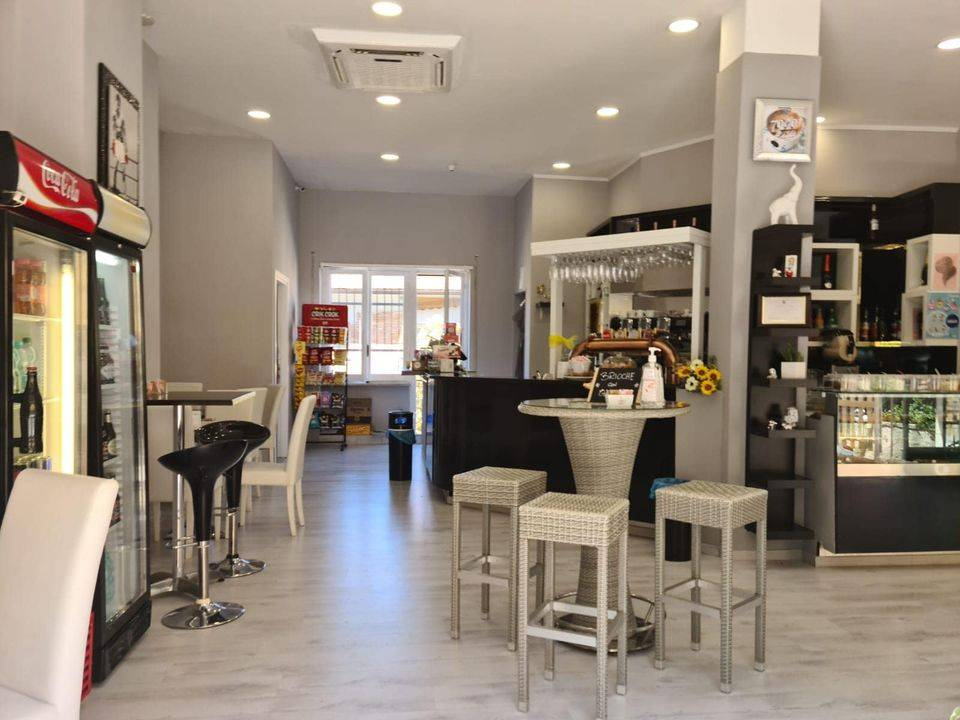 Attività / Licenza in affitto a Ferentino, 9999 locali, prezzo € 45.000   CambioCasa.it
