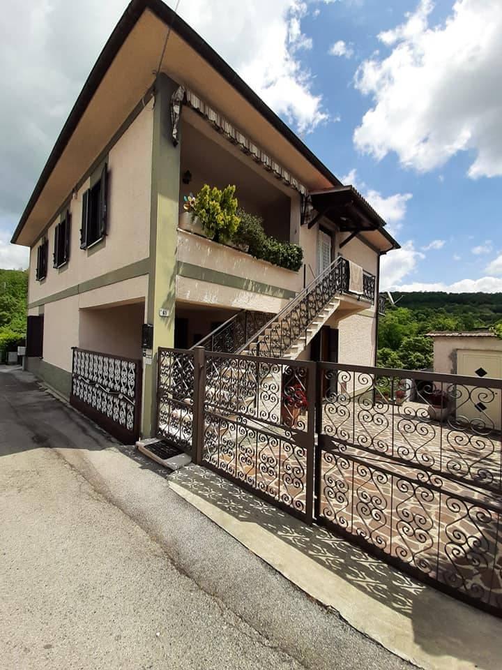 Appartamento in vendita a Trivigliano, 4 locali, zona Località: SanGiovanni, prezzo € 75.000   PortaleAgenzieImmobiliari.it