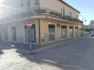 Locale commerciale in Affitto a Alatri