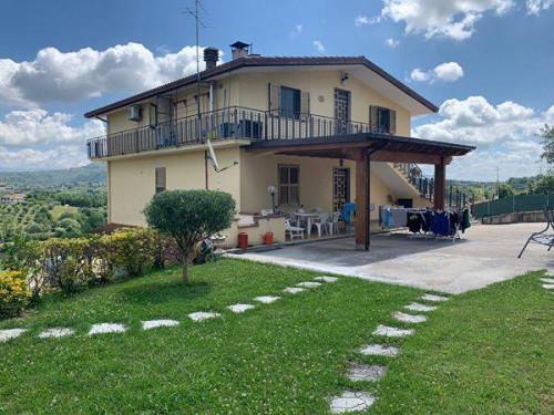 Casa singola in Vendita a Veroli