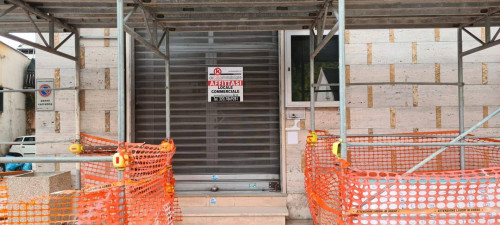 Locale commerciale in Affitto a Frosinone
