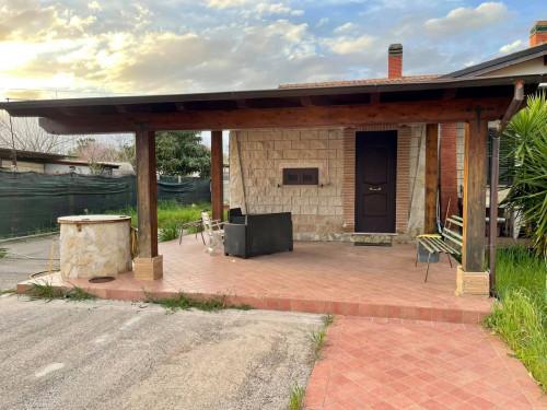 Casa  Semindipendente in Vendita a Terracina