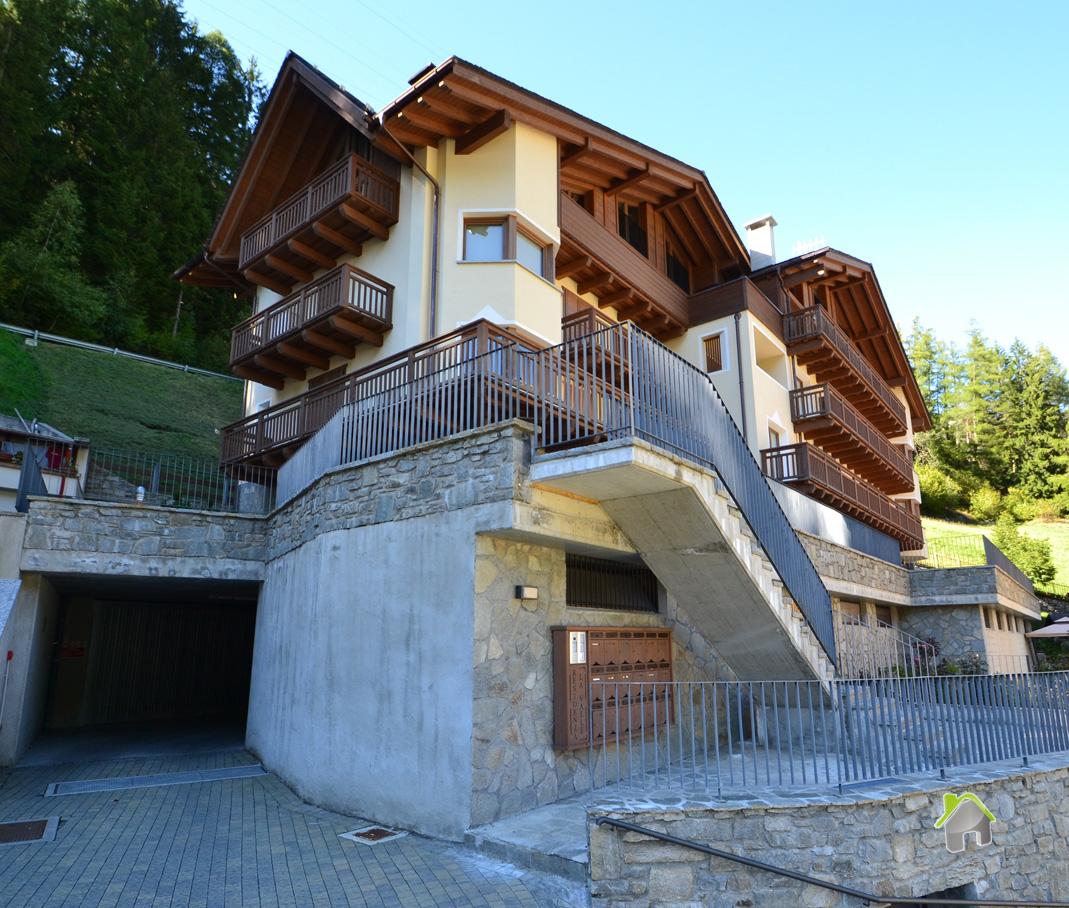 Appartamento in vendita a Valdisotto, 3 locali, zona Zona: Cepina, prezzo € 176.000 | CambioCasa.it