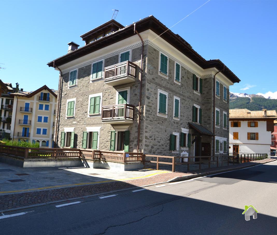 Appartamento in vendita a Bormio, 3 locali, prezzo € 460.000 | CambioCasa.it
