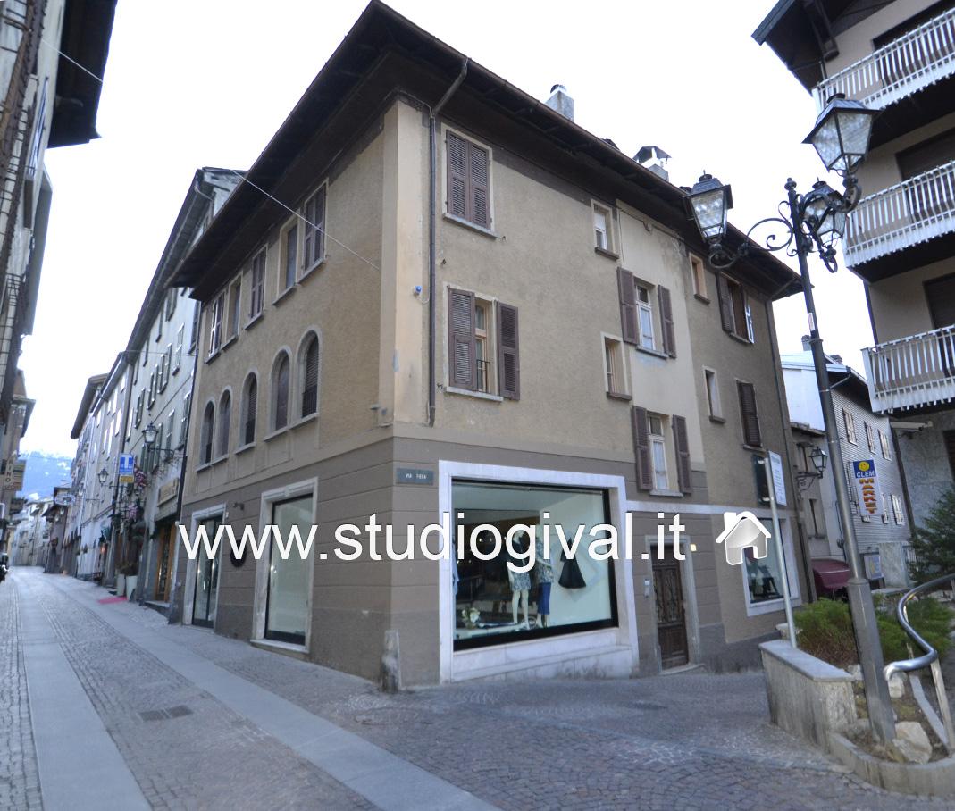 Attico / Mansarda in vendita a Bormio, 4 locali, Trattative riservate | Cambio Casa.it