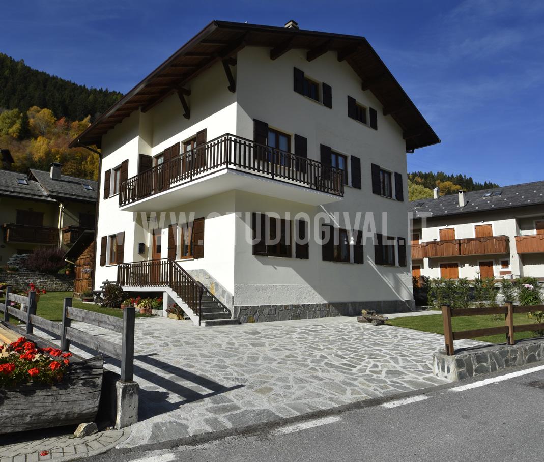 Cara casa in affitto vicino a bormio studio gival for Casein affitto