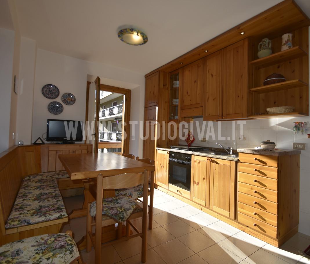Appartamento in affitto a Valdidentro, 3 locali, zona Zona: Isolaccia, prezzo € 420   CambioCasa.it