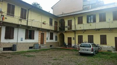 Appartamento in corte in Vendita