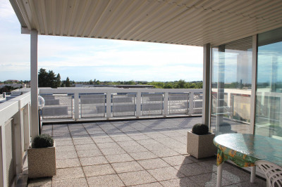 Appartamento con terrazzo in Vendita