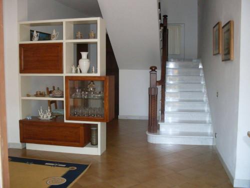 casa semindipendente in Affitto a Carrara