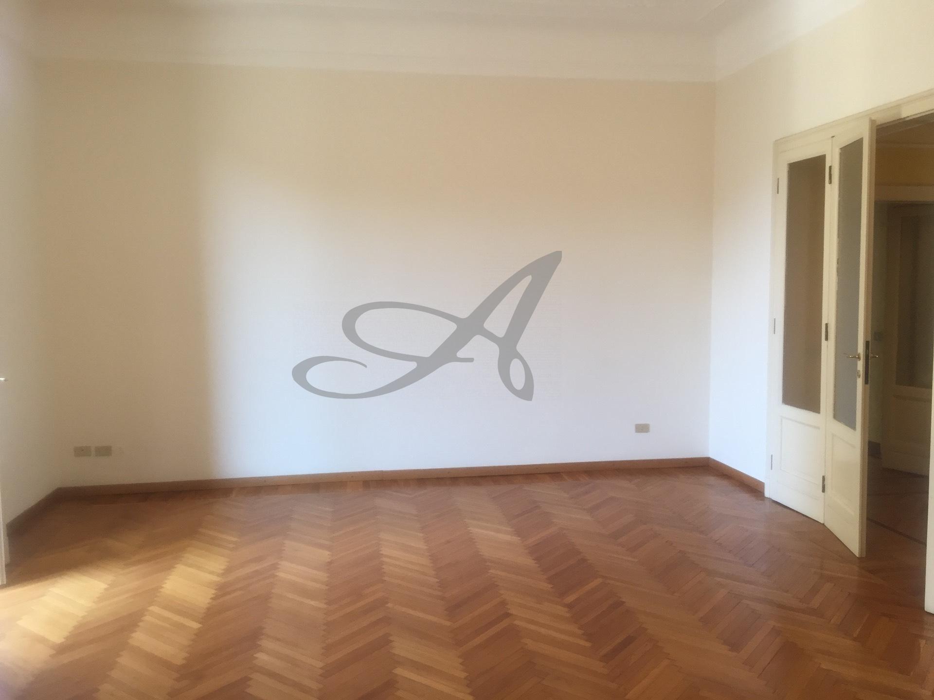 Milano | Appartamento in Affitto in Largo Del Carrobbio | lacasadimilano.it