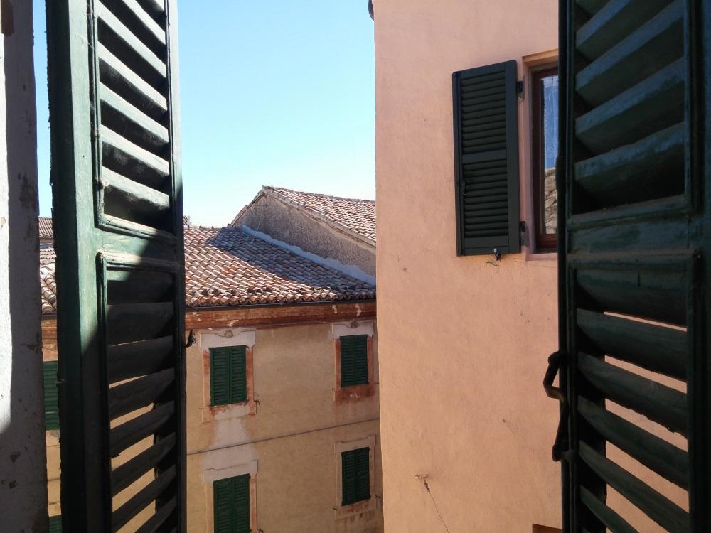 Appartamento in vendita a Poggio San Marcello, 5 locali, prezzo € 25.000 | PortaleAgenzieImmobiliari.it