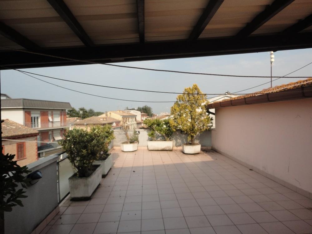 Appartamento in vendita a Monte Roberto, 4 locali, zona Località: PianelloVallesina, prezzo € 95.000 | PortaleAgenzieImmobiliari.it