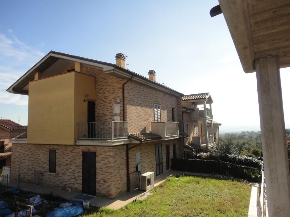 Appartamento in vendita a Monsano, 5 locali, prezzo € 275.000   PortaleAgenzieImmobiliari.it