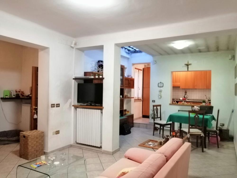 Appartamento in vendita a Jesi, 8 locali, prezzo € 180.000   PortaleAgenzieImmobiliari.it