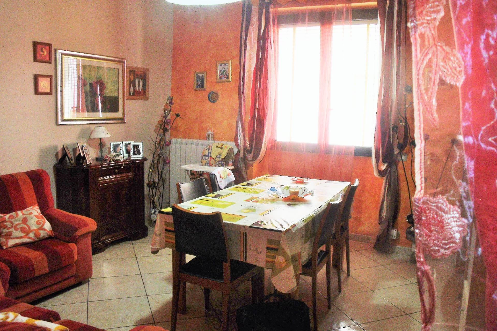 Soluzione Indipendente in vendita a Matino, 5 locali, prezzo € 50.000 | Cambio Casa.it