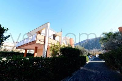 Villa in Vendita a Casamarciano