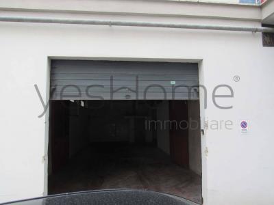 Box o garage in Affitto a Nola