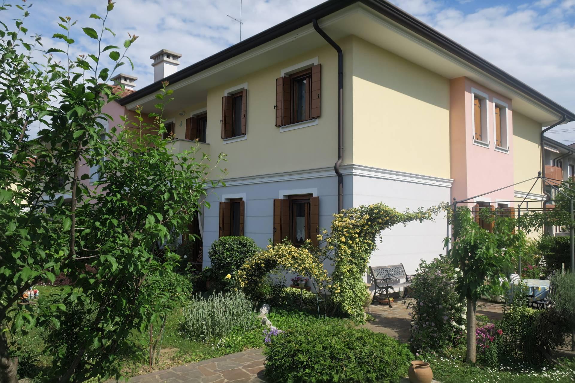 vendita appartamento fogliano redipuglia   133000 euro  4 locali  65 mq