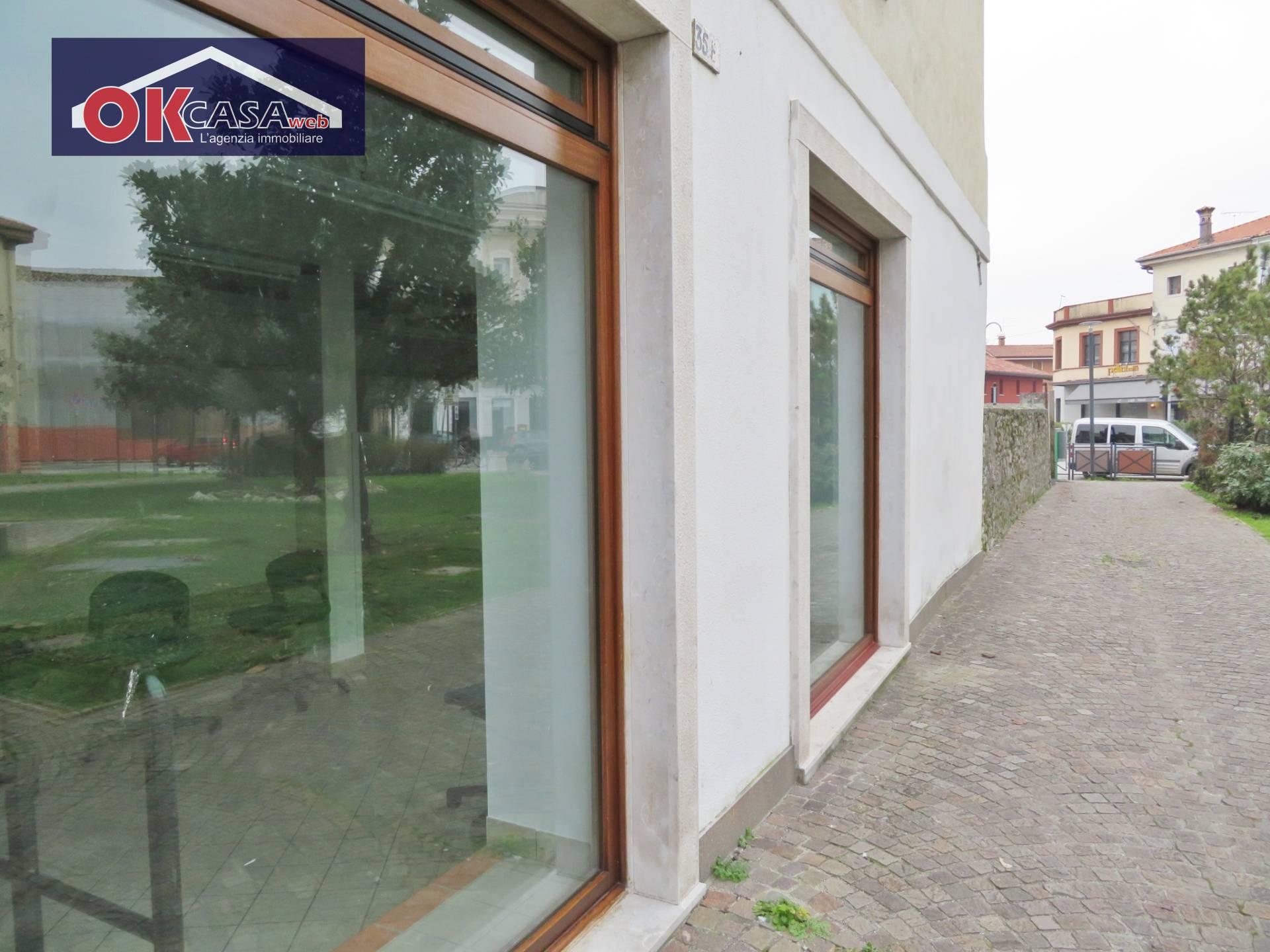 Attività / Licenza in affitto a Ronchi dei Legionari, 9999 locali, prezzo € 190.000 | CambioCasa.it
