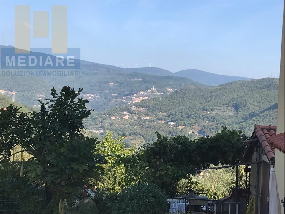 Appartamento in vendita a Finale Ligure, 3 locali, zona Zona: Finalborgo, prezzo € 238.000 | CambioCasa.it