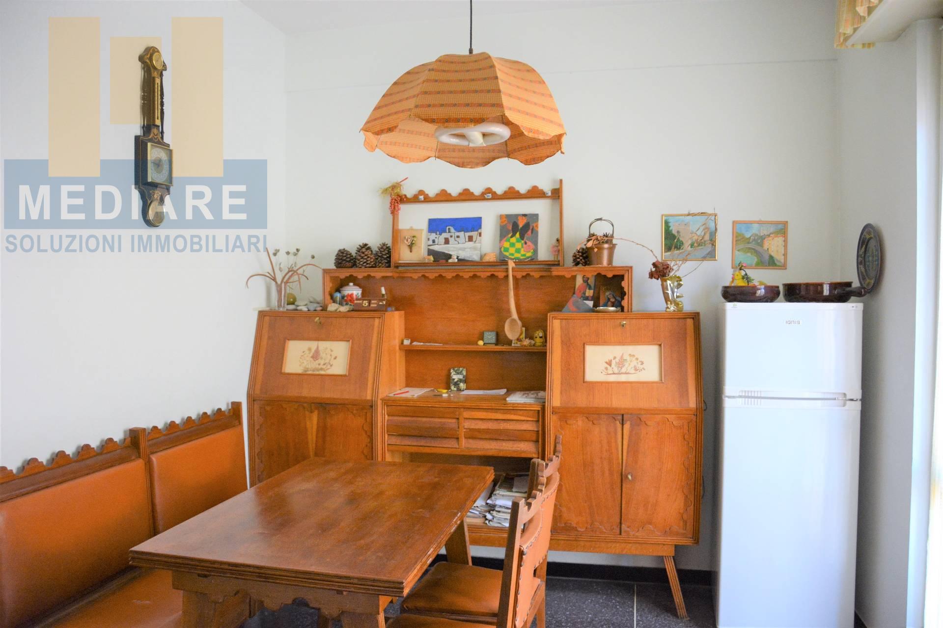 Appartamento in vendita a Finale Ligure, 3 locali, zona Località: FinaleMarina, prezzo € 240.000 | CambioCasa.it