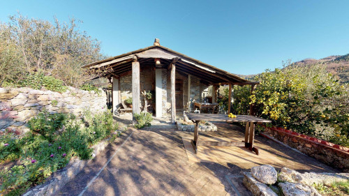 Casa singola in Vendita a Calice Ligure
