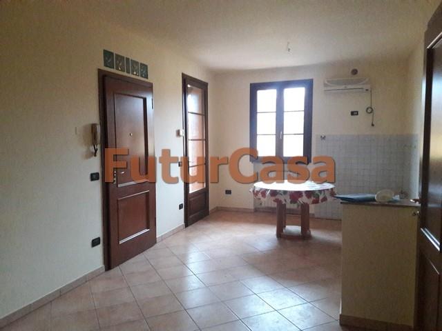 Appartamento in affitto a Castelfranco di Sotto, 3 locali, zona Località: VillaCampanile, prezzo € 470 | CambioCasa.it