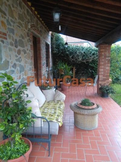 Casa singola in Vendita a Castelfranco di Sotto