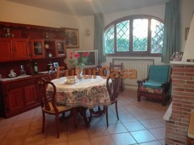 Casa singola in Vendita a Montecarlo