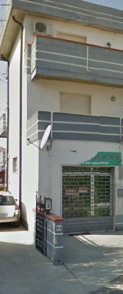 Locale commerciale in Affitto/Vendita a Giulianova