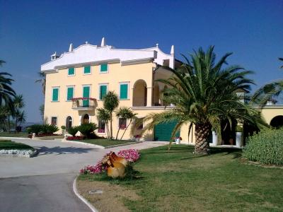 Villa in Vendita a Teramo