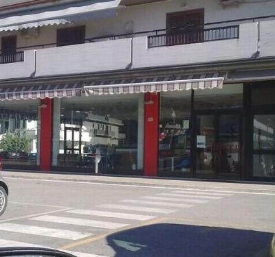 Locale commerciale in Vendita a Tortoreto