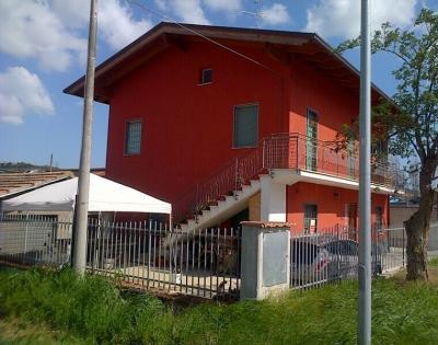 Villa in Vendita a Sant'Omero