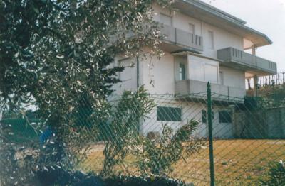 Villa in Affitto a Mosciano Sant'Angelo