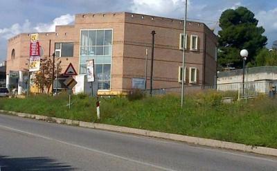 Locale commerciale in Vendita a Bellante