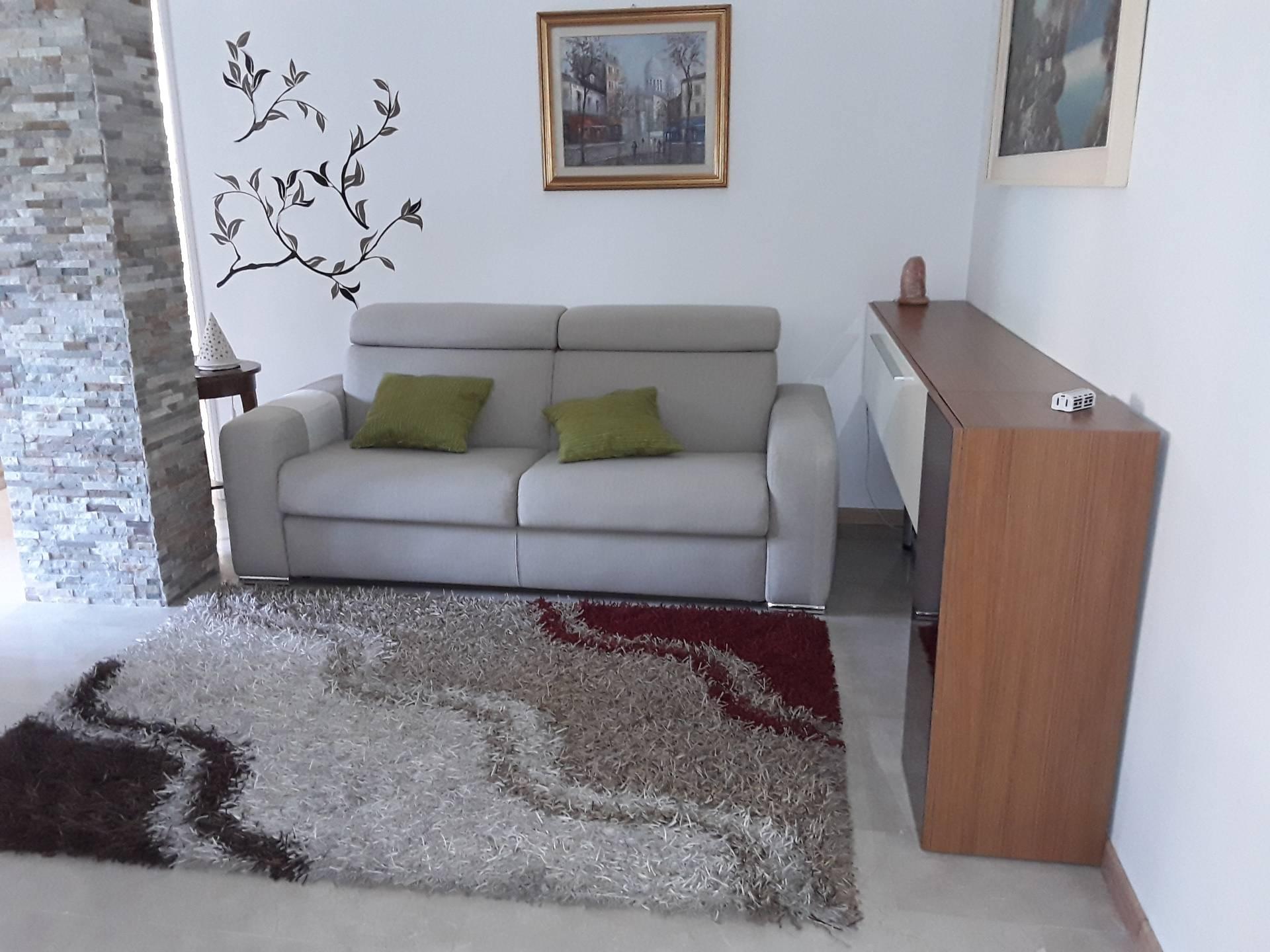 vendita appartamento legnano centro  105000 euro  2 locali  75 mq