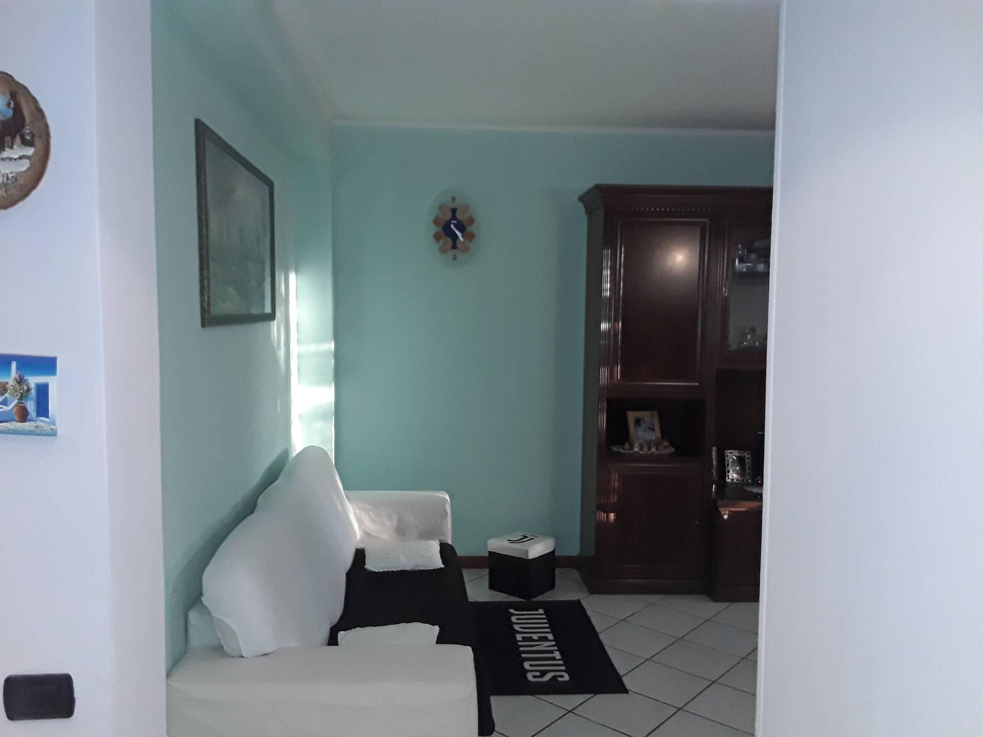 Appartamento in vendita a San Vittore Olona, 3 locali, prezzo € 88.000   CambioCasa.it