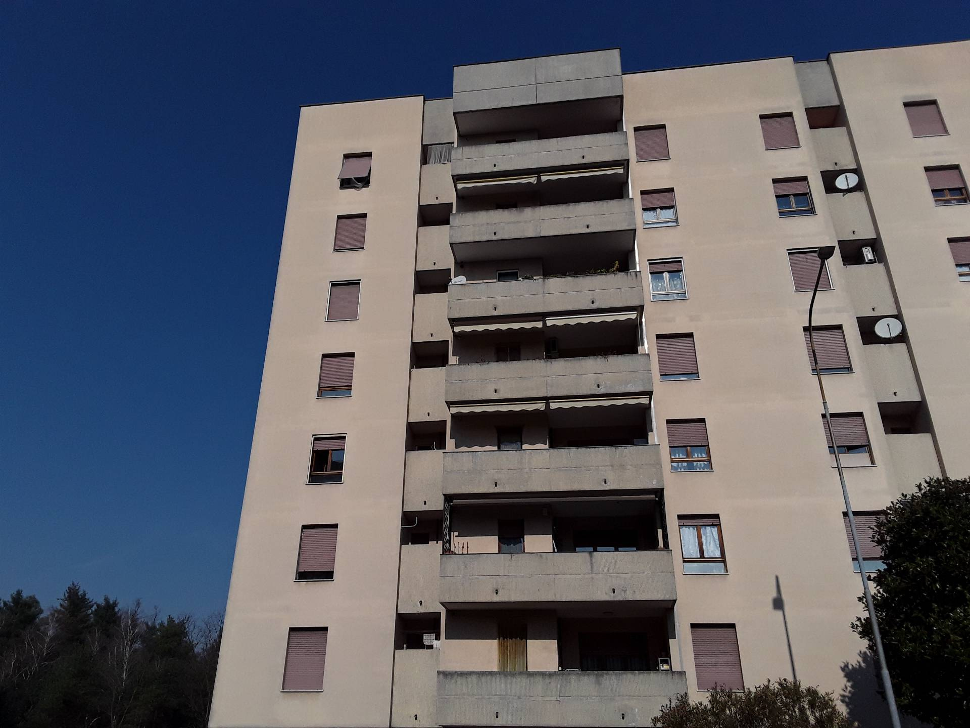Appartamento in vendita a Legnano, 3 locali, zona Località: ParcoAltoMilanese, prezzo € 85.000 | CambioCasa.it