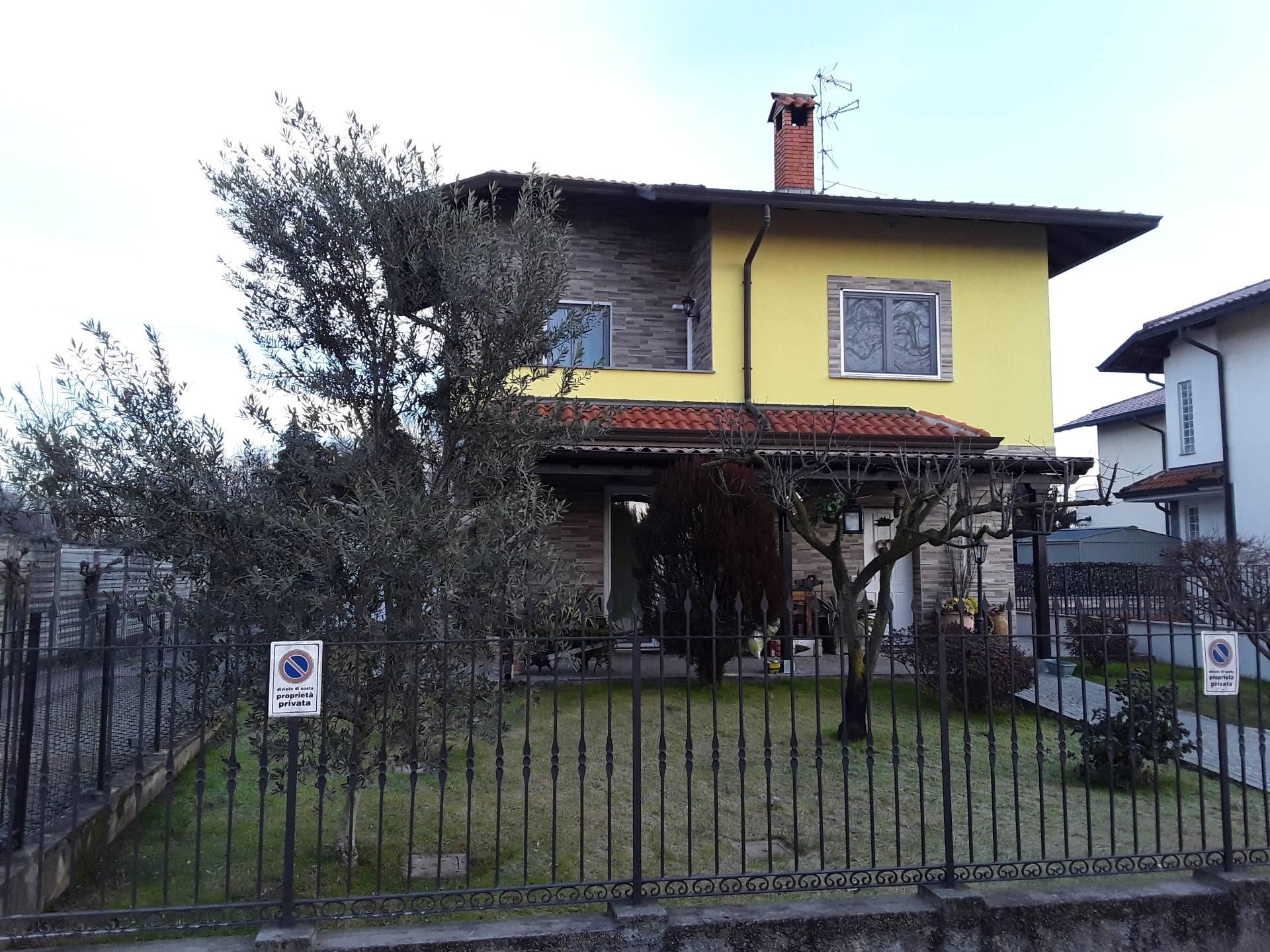 Villa in vendita a Magnago, 4 locali, prezzo € 328.000 | PortaleAgenzieImmobiliari.it