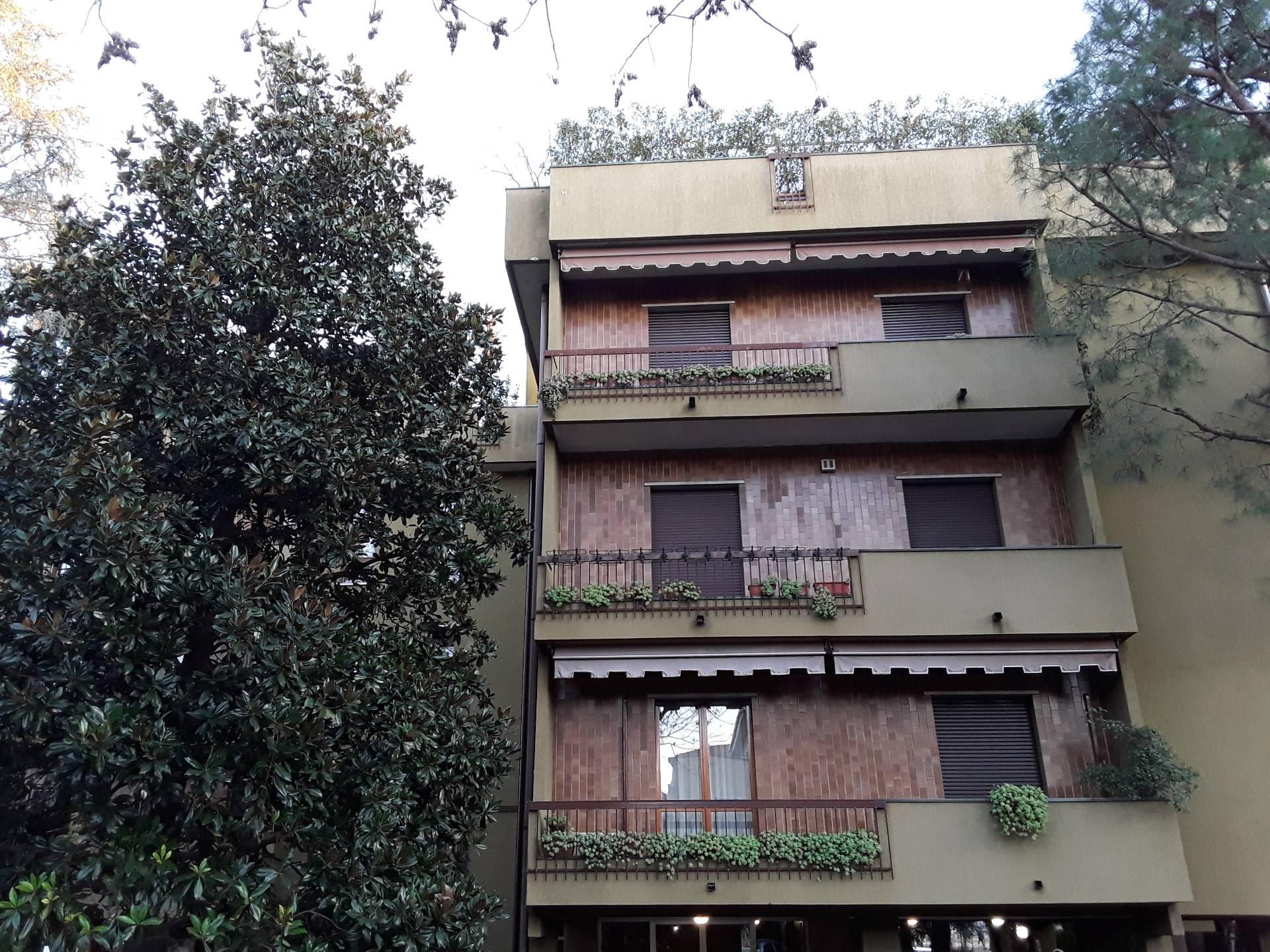 Appartamento in vendita a Legnano, 4 locali, zona Zona: Toselli, prezzo € 320.000 | CambioCasa.it