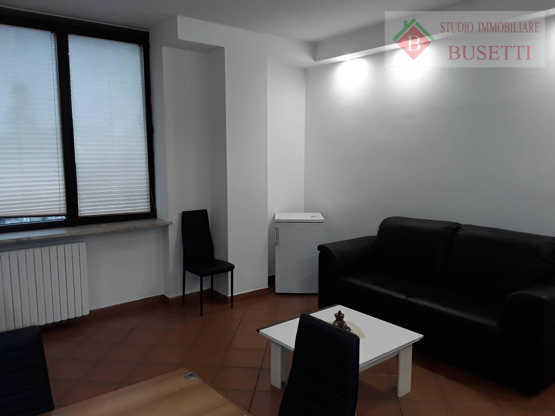 Appartamento in affitto a Castellanza, 2 locali, prezzo € 430 | CambioCasa.it