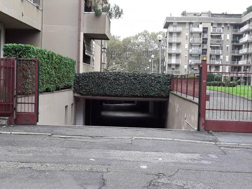 Box o garage in Vendita a Legnano