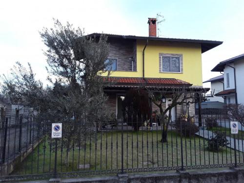Villa in Vendita a Magnago