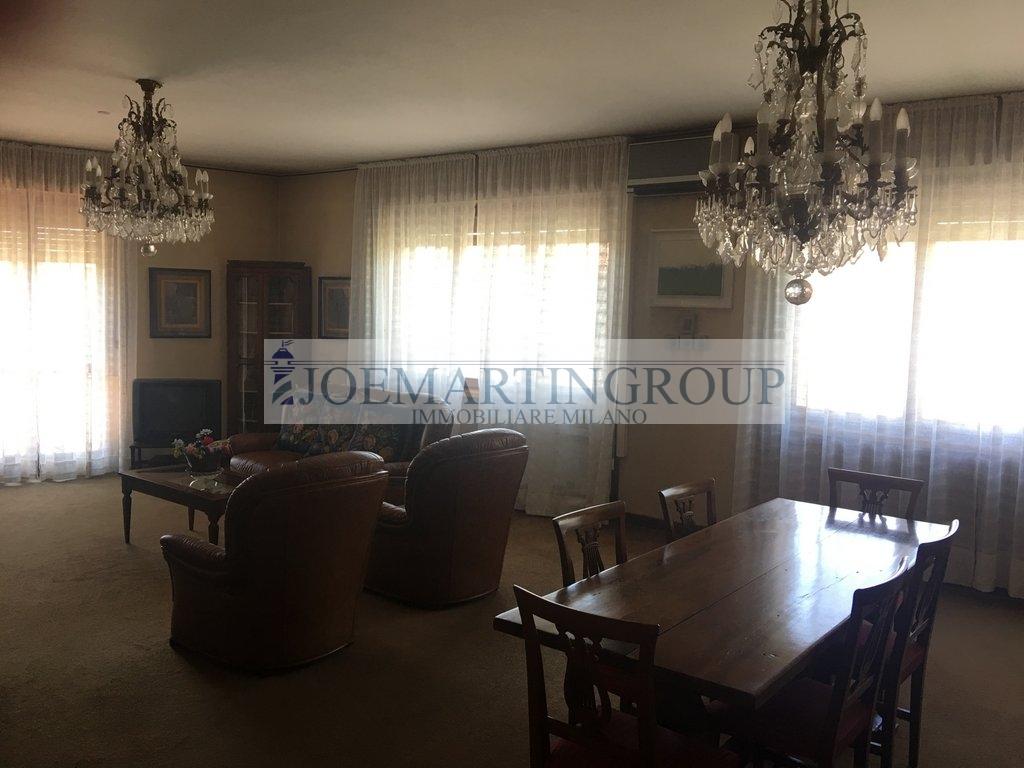 Appartamento in vendita a Milano in Via Domenico Cimarosa
