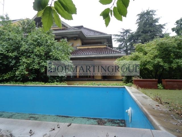 Milano | Villa in Vendita in Via Ippodromo | lacasadimilano.it