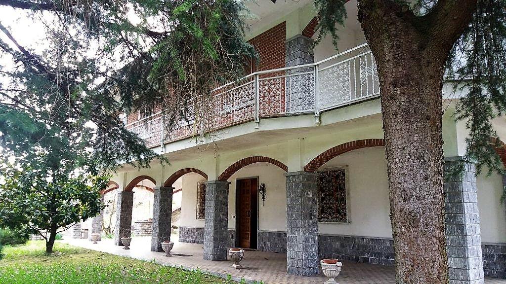 Soluzione Indipendente in vendita a Frinco, 7 locali, zona Località: SanDefendente, prezzo € 170.000 | CambioCasa.it