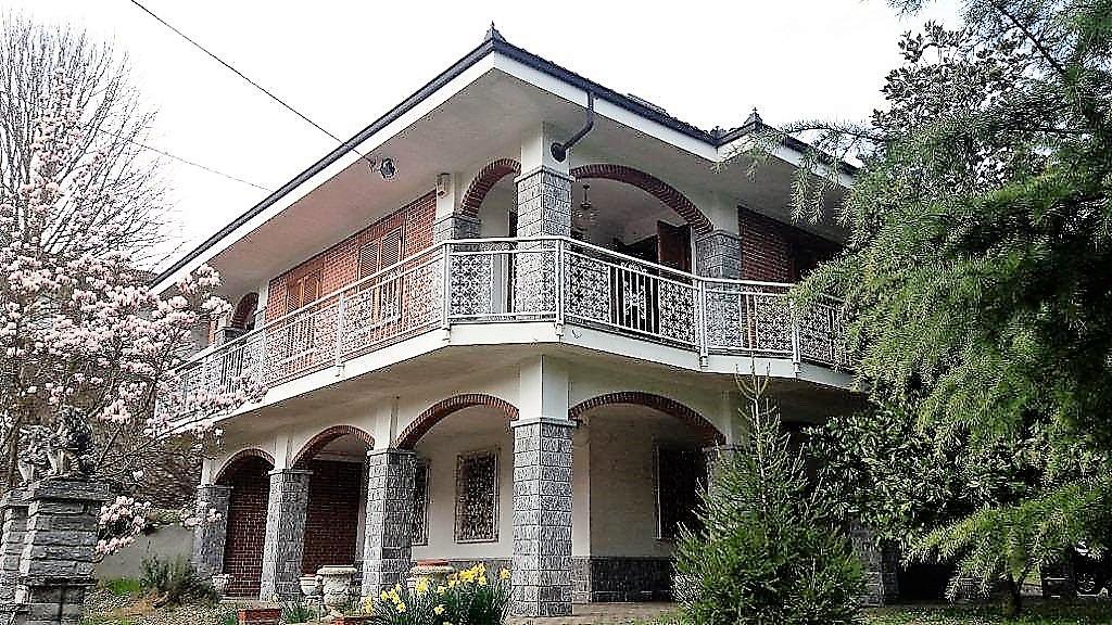 Soluzione Indipendente in vendita a Frinco, 7 locali, prezzo € 200.000   Cambio Casa.it
