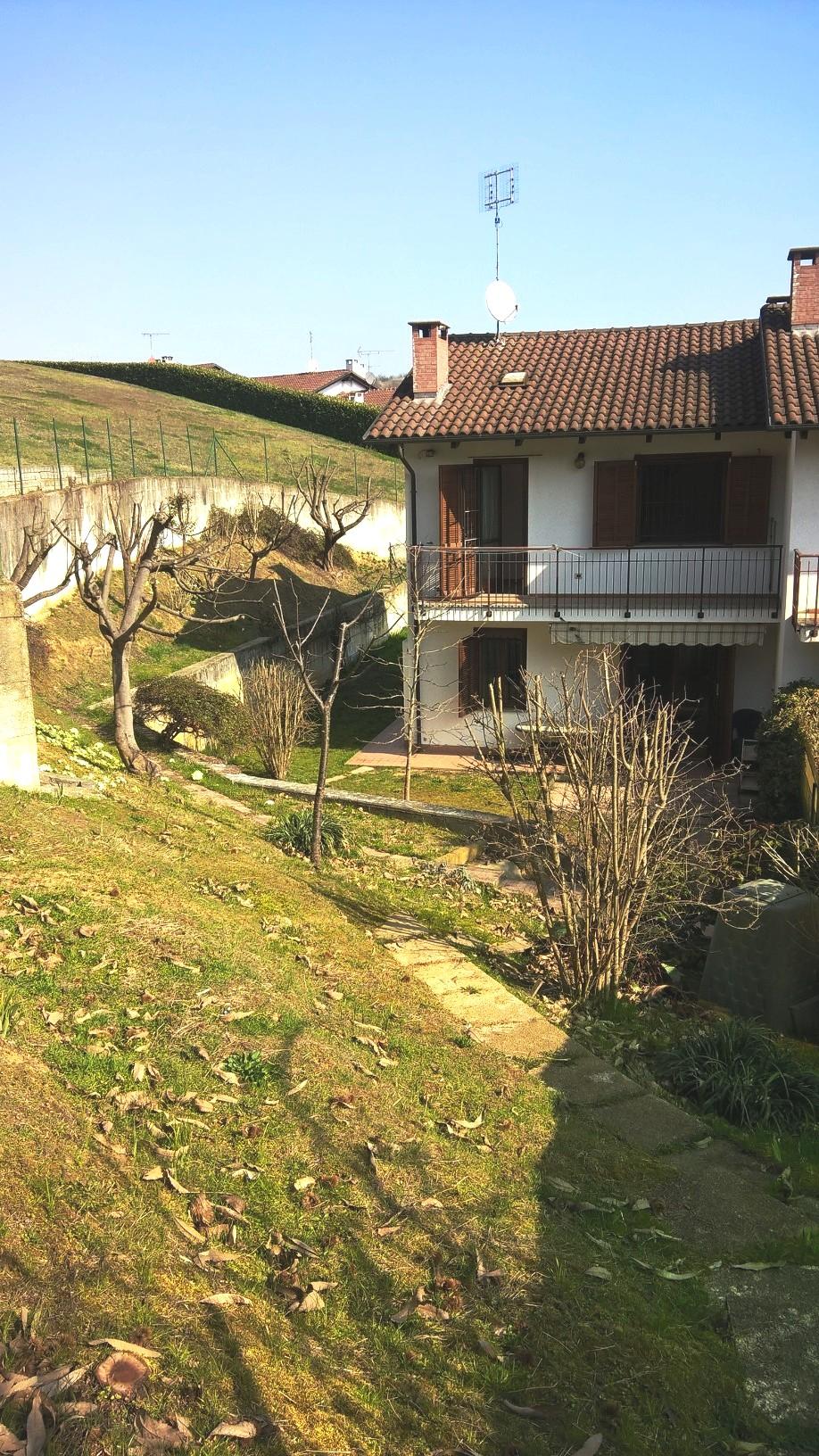 Villa a Schiera in affitto a Castelnuovo Don Bosco, 4 locali, prezzo € 600 | CambioCasa.it